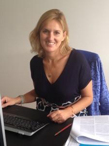 Dr. Cristina Russo dos Santos